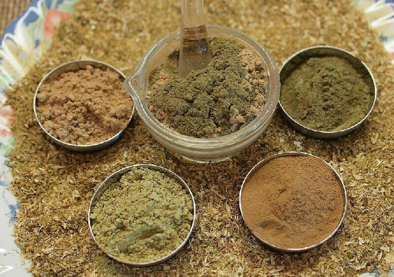 Убтан – это традиционное аюрведическое средство для очищения кожи 3 в 1
