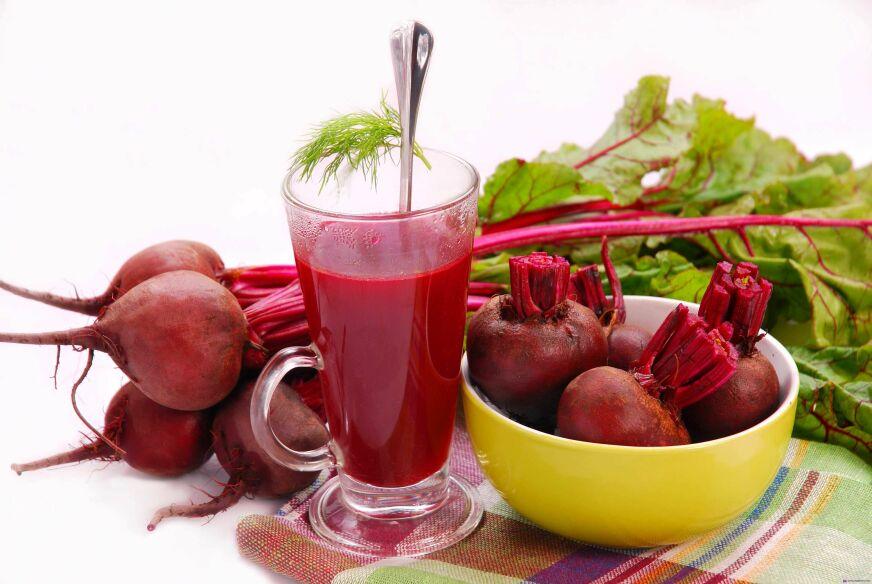 Свежевыжатые соки: польза и вред. Свекольный сок
