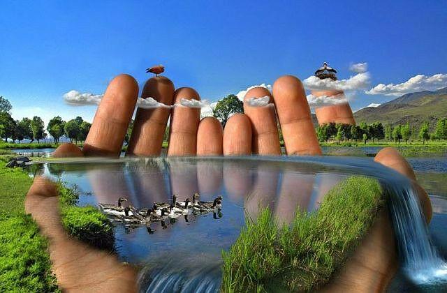 Мир воображения возникает в результате проецирования на кажущийся экран пространства эффекта наложения философской системы ума на чувства. Станислав Милевич